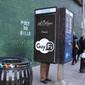 """Telefone público é transformado em """"cabine de masturbação"""" em NY"""