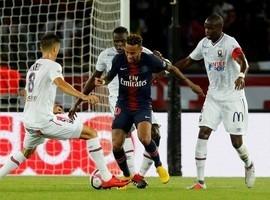 Jornal: Neymar segue na mira do Real, que pode pagar R$ 1,3 bilhão