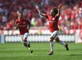 Com gol nos acréscimos, Internacional vence o Paraná no Beira-Rio
