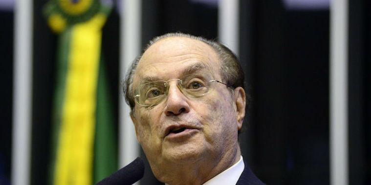 Mesa da Câmara cassa mandato do deputado Paulo Maluf