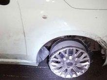 Mulher é presa por dirigir sem um dos pneus