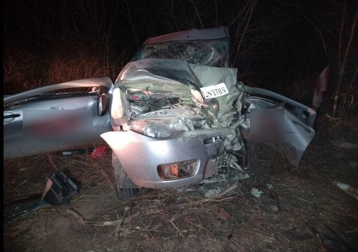 Carro envolvido em acidente na BR-316, no Maranhão (Crédito: Divulgação/PRF-MA)
