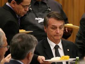 Bolsonaro:Homem não deve intervir na decisão da mulher sobre aborto