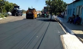 Prefeitura de  DEL está realizando pavimentação em ruas