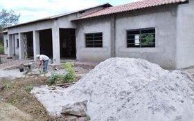 Construção da nova escola do município de Caxingó segue acelerada