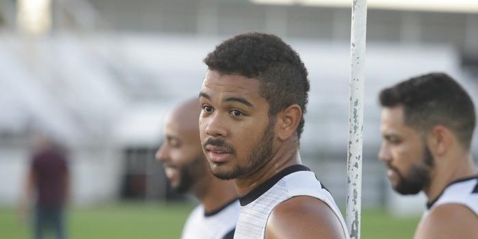 Corinthians anuncia desistência da contratação de Juninho