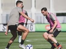 Juventus se empolga até com matada de bola de CR7 em treino