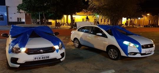 Município entrega novos transportes para saúde e SEMAS