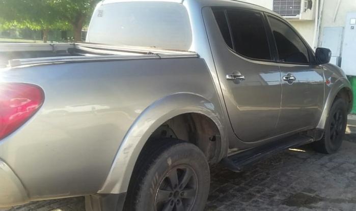 Caminhonete modelo L200 Triton (Crédito: Divulgação/Polícia Militar)