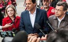 Haddad visita Lula no PF: 'Ele estará conosco permanentemente'