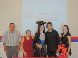 Universidade Cruzeiro do Sul e IZE realizam entrega de diploma