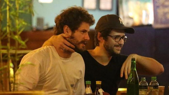 Mauricio Destri e Gil Coelho (Crédito: Ag News)