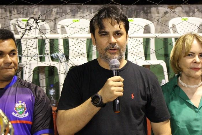Prefeito Roger Linhares (Crédito: Mikelson  Deivid)