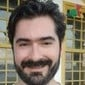 Professor universitário morre após ser baleado durante assalto