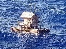 Adolescente fica à deriva por 49 dias no mar; caso impressionante!
