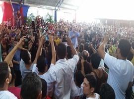 Ciro Gomes  lota a sede do PDT de Timon neste domingo (23)