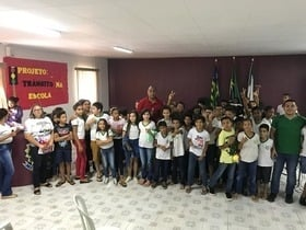 Escola municipal apresenta projeto de Educação para o trânsito