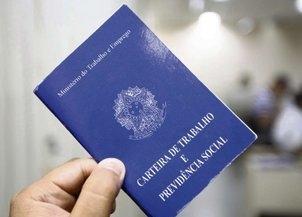 Brasil criou 221,4 mil empregos com carteira assinada em 2017