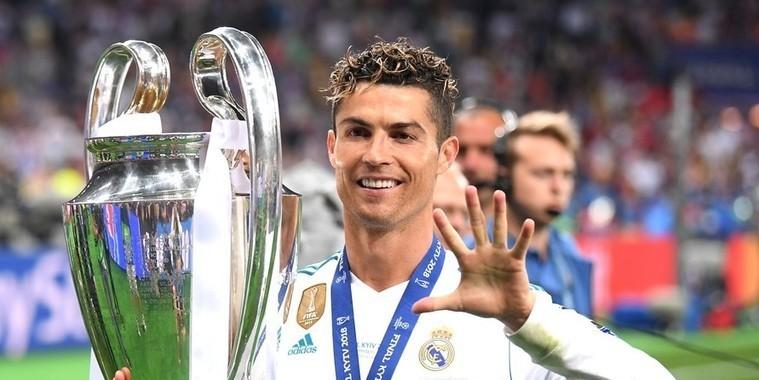 CR7 disputará prêmio de melhor do mundo com Modric e Salah