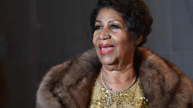 Aretha Franklin foi roubada antes de morrer, revela site TMZ