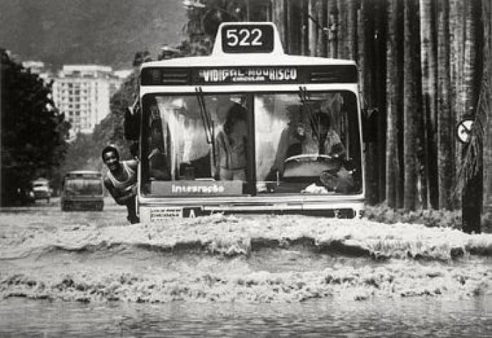 Há 53 anos grande tempestade no Rio de Janeiro matou 200 pessoas