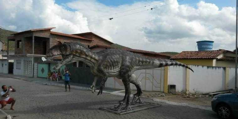 """Conheça a cidade da Bahia que tem seu """"Parque dos Dinossauros"""""""