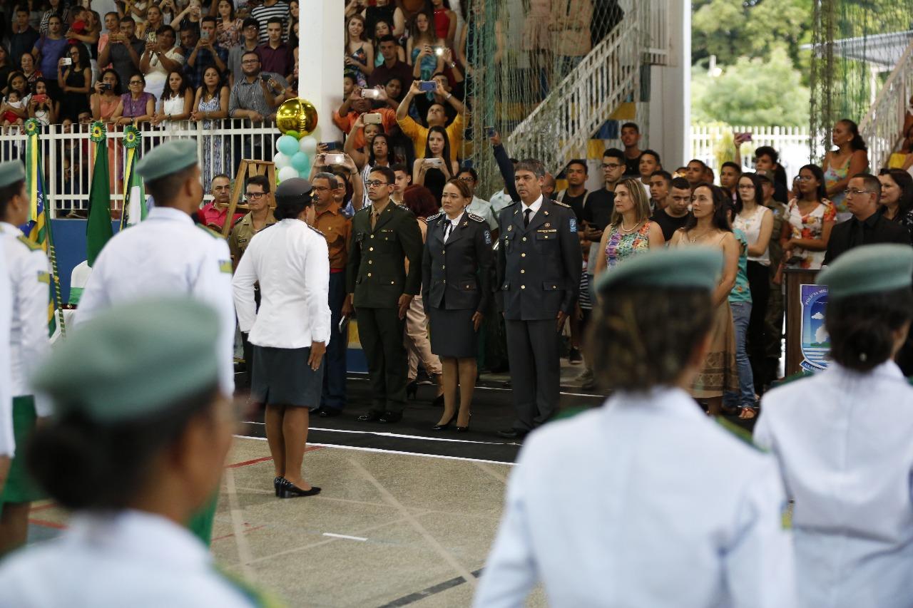 Emoção marca formatura de alunos do colégio da Polícia Militar do Piauí - Imagem 5