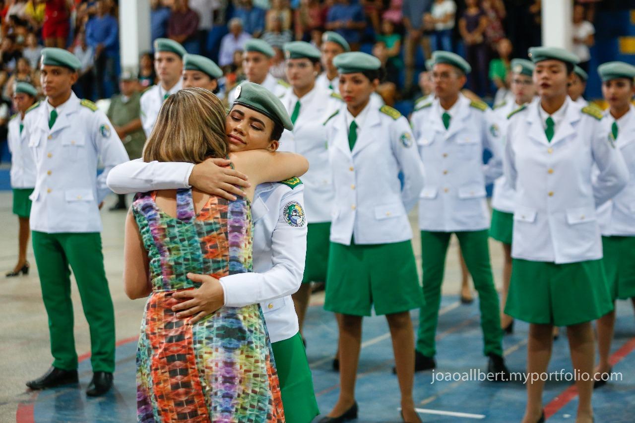 Emoção marca formatura de alunos do colégio da Polícia Militar do Piauí - Imagem 6