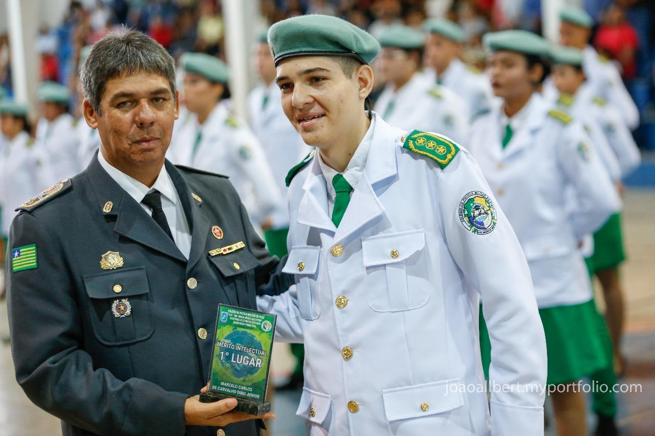 Emoção marca formatura de alunos do colégio da Polícia Militar do Piauí - Imagem 3