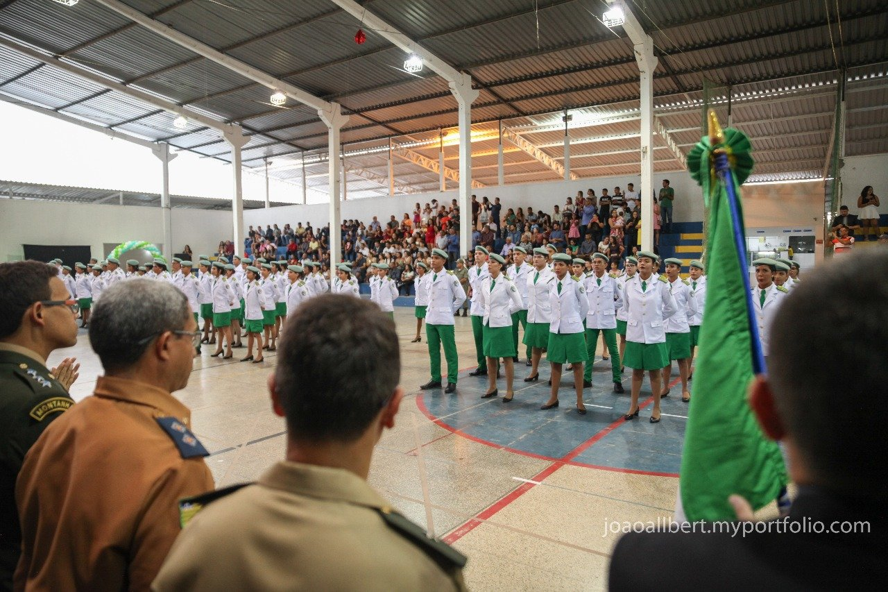 Emoção marca formatura de alunos do colégio da Polícia Militar do Piauí - Imagem 2