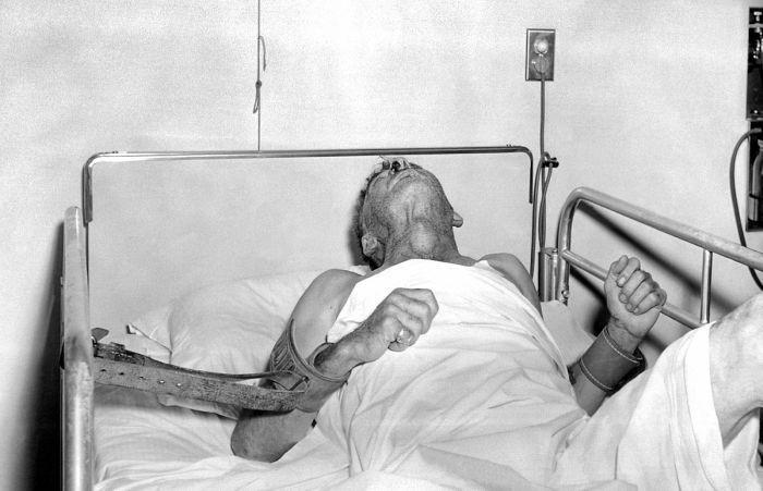 Mulher morre ao confundir infecção por raiva com ataque de pânico