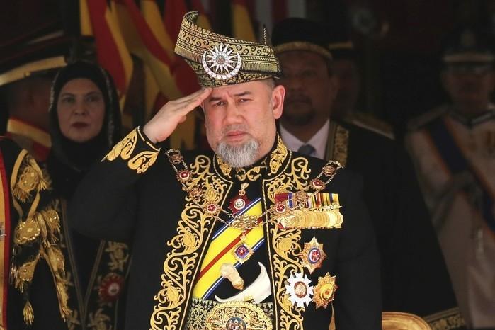 Rei da Malásia Muhammad V renuncia ao trono (imagem registrada em julho de 2018) (Crédito:  AP Photo/Yam G-Jun/Arquivo )