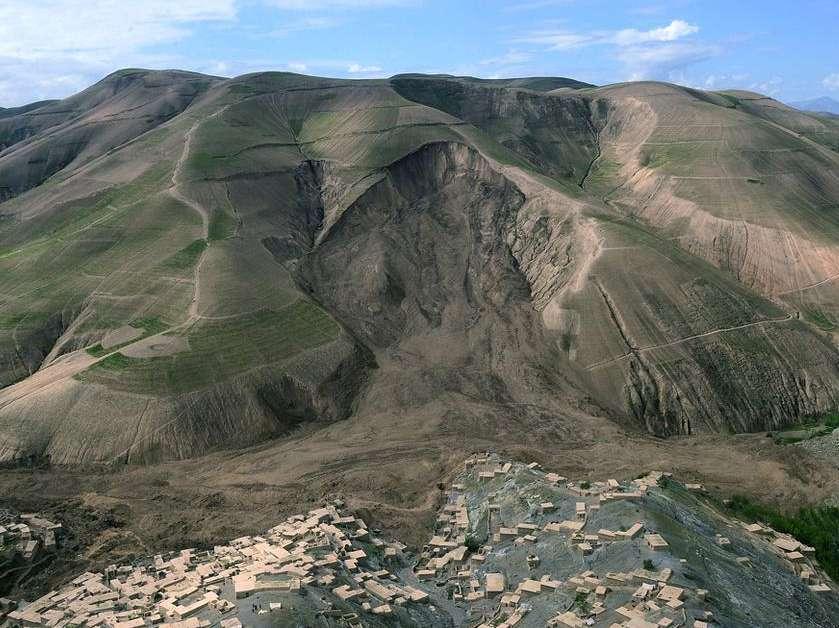 Colapso em mina de ouro deixa cerca de 30 mortos no Afeganistão