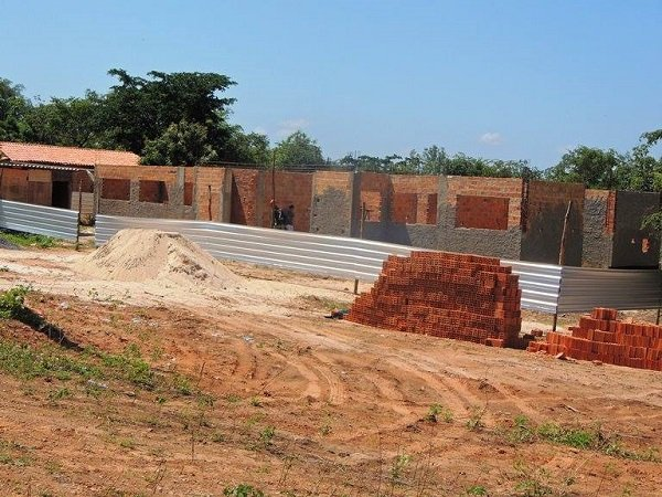 Gestão municipal atual retoma obras das Unidades Básicas de Saúde