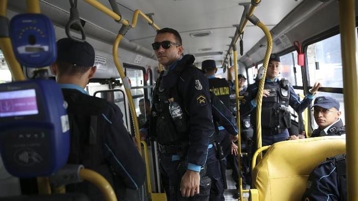 Após a série de ataques, Força Nacional de Segurança Pública faz policiamento ostensivo nas ruas de Fortaleza  (Crédito:  José Cruz/Agência Brasil)