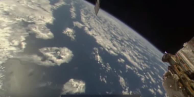 Vídeo: 'Rosto extraterrestre' assustador é avistado em imagens da NASA