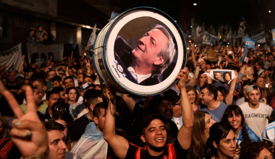 Alberto Fernández vence Macri e é eleito em 1º turno na Argentina - Imagem 2