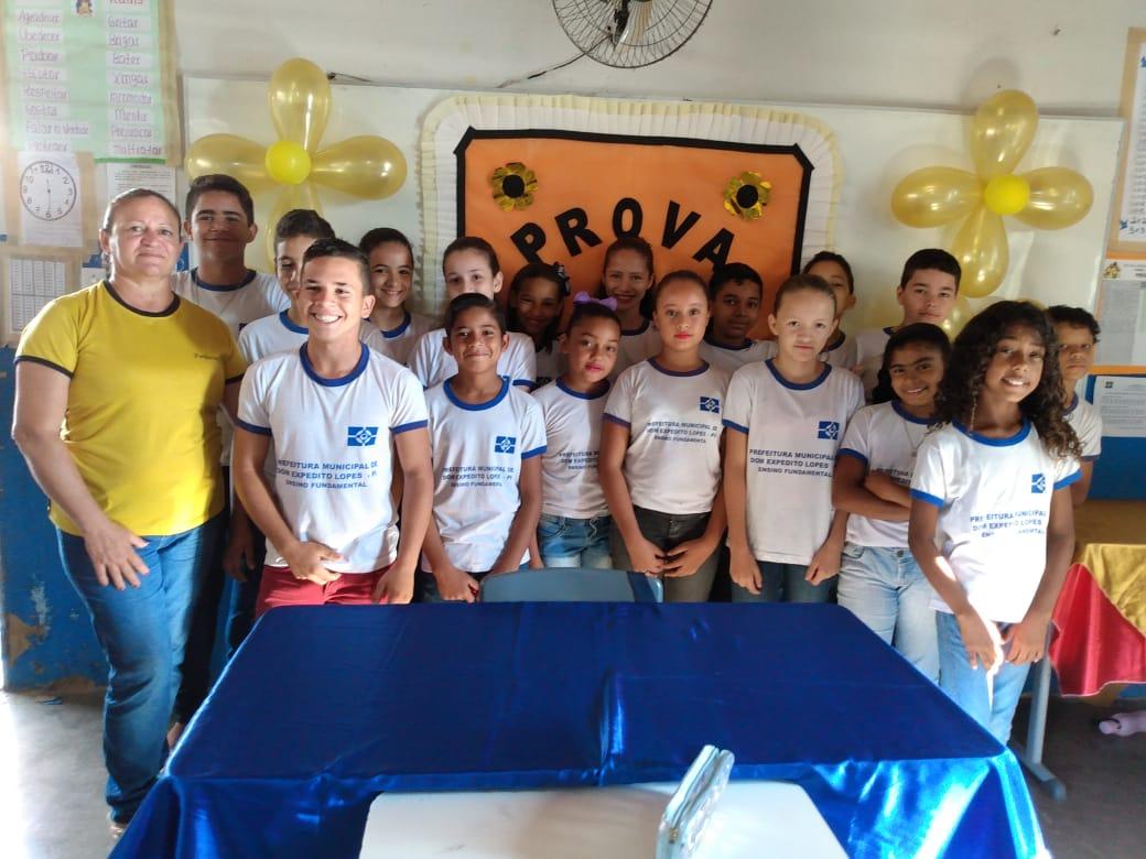 Escolas municipais em DEL recepcionam alunos que farão a Avalição SAEB 2019. - Imagem 16