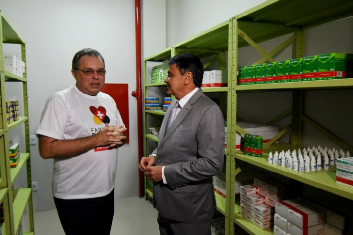 Wellington Dias inaugura Farmácia do Povo em Teresina - Imagem 3