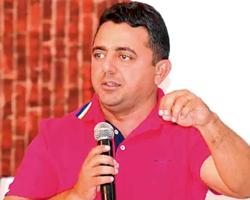 Professor Ribinha deve deixar o PT e se filiar ao Progressistas