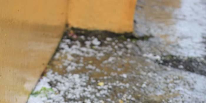 Chuva de granizo na Baixa Grande em Monsenhor Gil