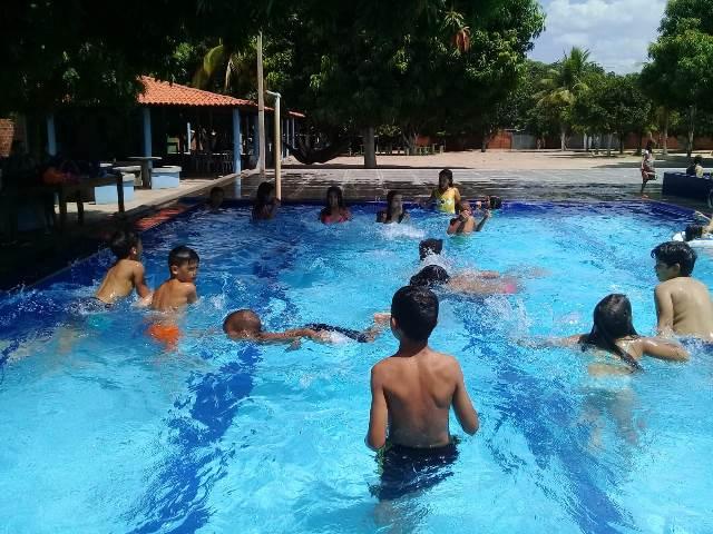 Secretaria de Assistência social de Dom Expedito Lopes promove confraternização para crianças e adolescentes. - Imagem 7