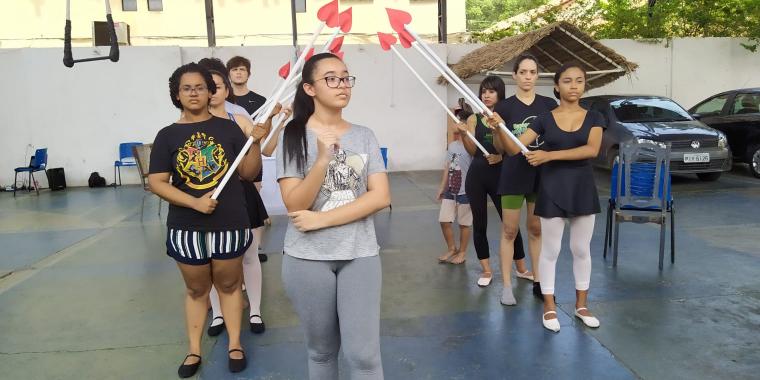 Companhia Equilíbrio estreia Alice no País das Maravilhas no dia 24