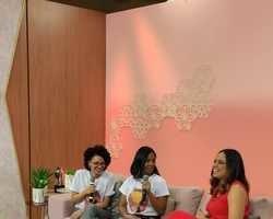 Conheça o coletivo Mellaninnas, projeto cultural de fomento ao empreendedorismo negro feminino