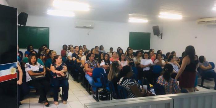 SEMEC-URUÇUÍ  realiza formação para professores.