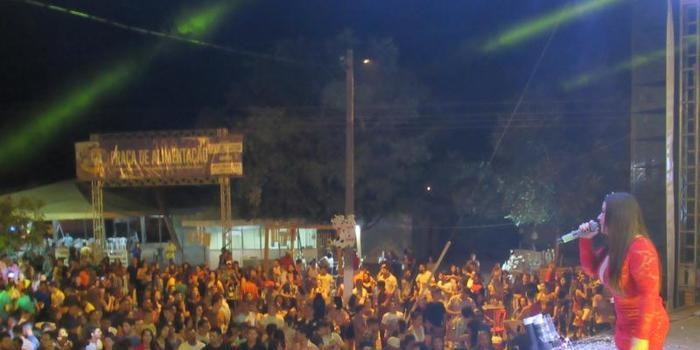 Lagosta Bronzeada, João Veloso e Banda Talismã animam a 1ª noite da 29º da Festa do Leite de São José do Divino