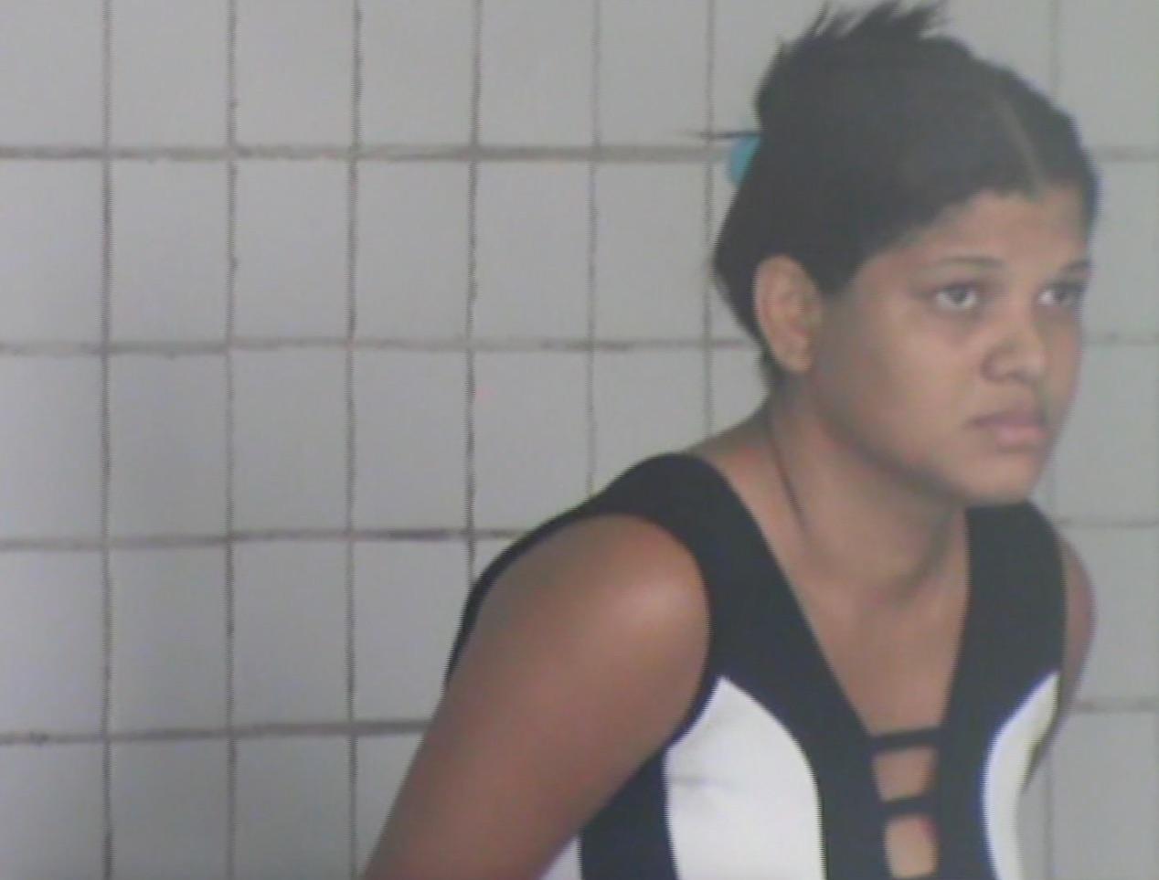 Teresina: Casal é preso tentando jogar pilhas e celulares dentro da Casa de Custódia 3