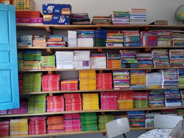 Escola municipal João Belarmino do Vale ganha novas estruturas na biblioteca - Imagem 15