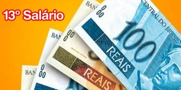 Prefeitura de Pedro II surpreende funcionários com o pagamento do 13º Salario antecipado