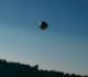 Vídeo: 20 objetos brilhantes sobrevoam céu e assustam moradores